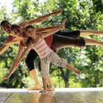 3 Benefits of Family Yoga